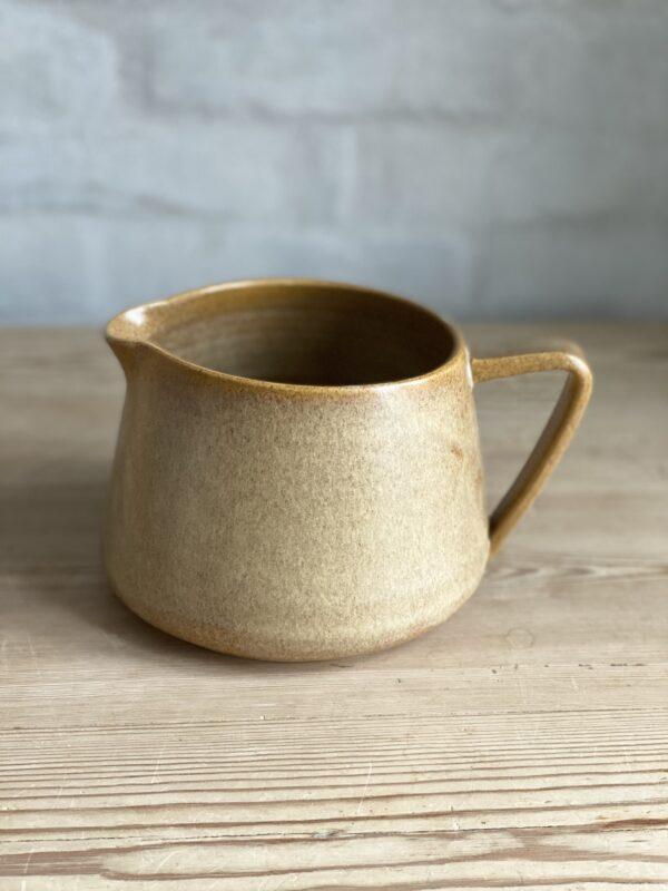 Bornholms Keramikfabrik Sandfarvet Tea kande
